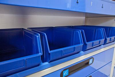 Behälter für Werkzeuge des Regalsystems für Transporter Ti-Car von Tecnolam